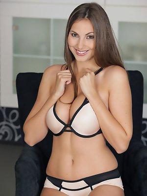 Anna Kolarova